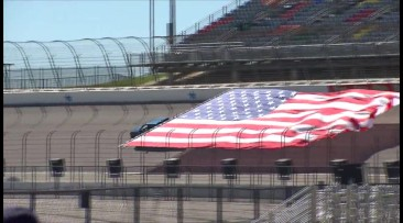 World's Largest Flag Pull Record Set In Texas